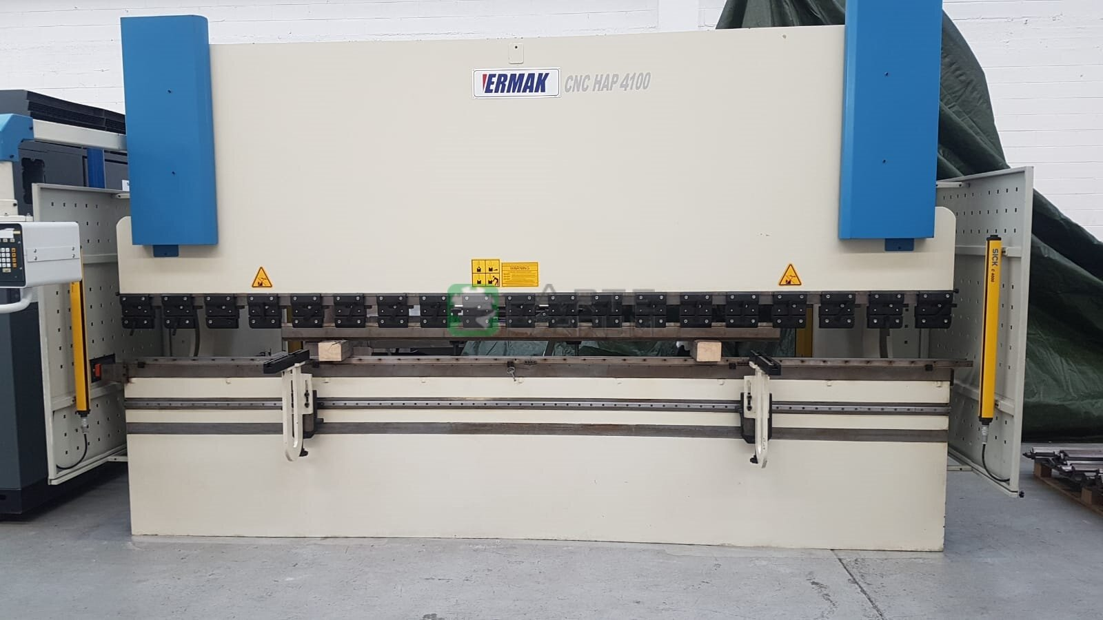 /en/ermak-cnc-hap-4100x120ton-press-brake-detail